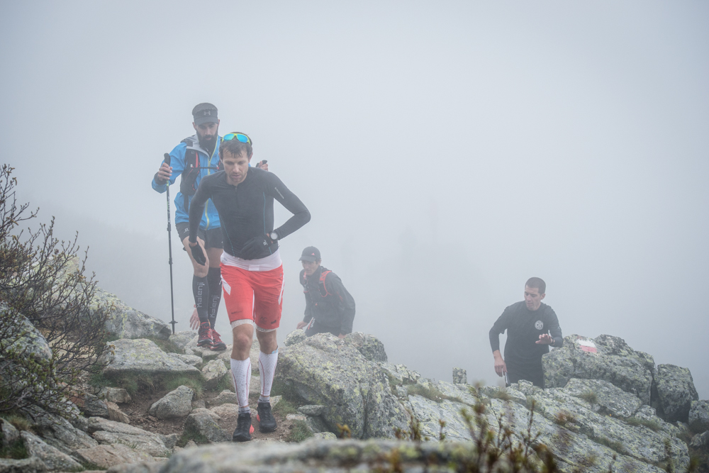 Vidéo du record du GR 20 battu par François d'Haene