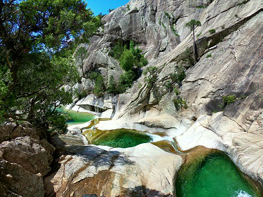 les-Canyons-et-les-Randos-by-Corsica-madness_a225.html